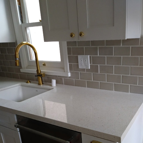 Highland Park Kitchen Backsplash Subway Tile Installed By Ceramic Finishes Professional Contractor Alhambra