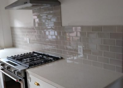 Highland Park kitchen backsplash subway tile installed by Ceramic Finishes, professional tile contractor, Alhambra Ca