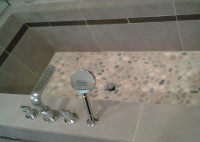 Pasadena Ca contemporary tiled sunken tub in bathroom suite remodel by tile contractor Ceramic Finishes