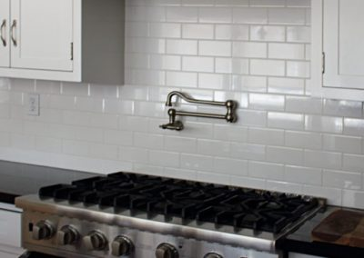 South Pasadena Ca Craftsman Home kitchen remodel, subway tile backsplash, by tile contractor Ceramic Finishes